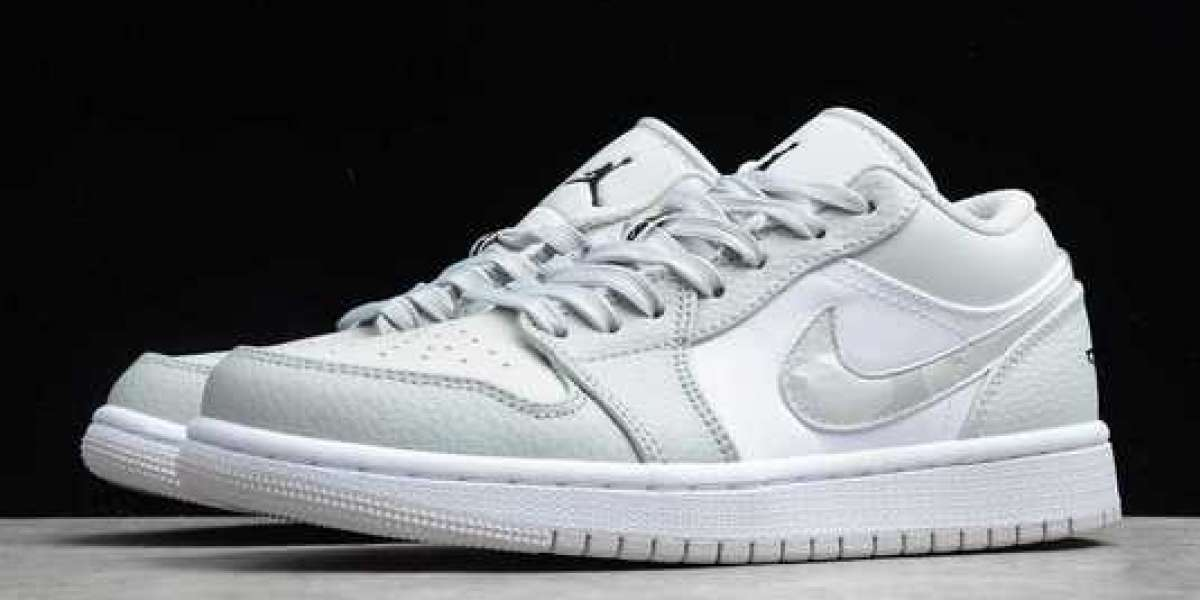 Exactly like the Dior joint name! Air Jordan 1 Low is on sale!